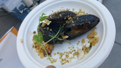 RUSSELL JACKSON grilled mussels with gujoung pork fat butter